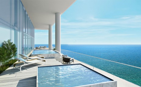 Private pool- Turnberry Ocean Club