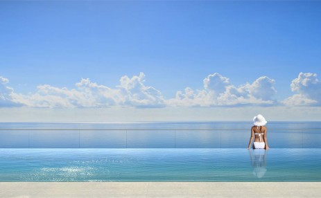 Sky pool and Ocean - Turnberry Ocean Club