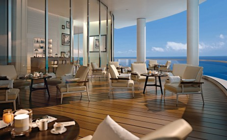 Clubroom terrace East - The Ritz-Carlton Residences